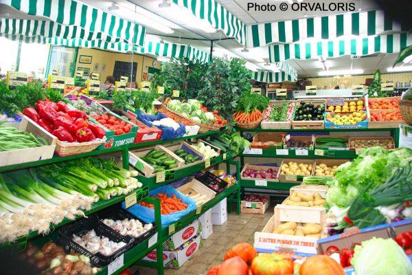 un étal de fruits et légumes publié dans le Malin Gourmand